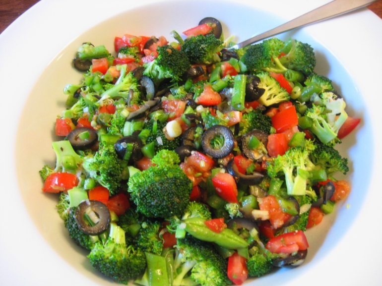 What-I-Had-On-Hand Broccoli Salad (2)